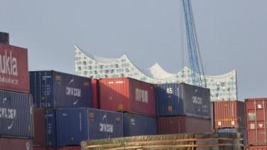 Container und ElbPhi
