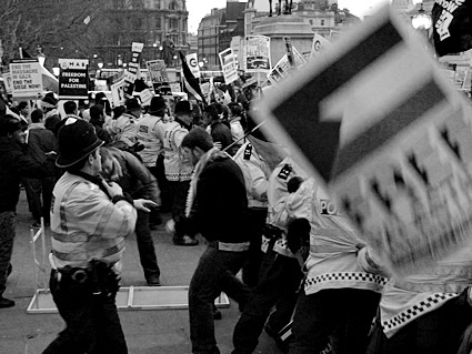 3rd National Demonstration For Gaza: Israel Out Of Gaza Now: Lift The Blockade. Trafalgar Square, London, Saturday 17th January 2009
