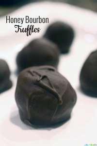 Honey Bourbon Truffles | UrbanBlissLife.com
