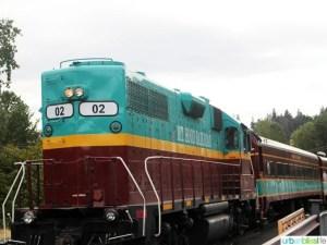 Mount Hood Railroad Champagne Brunch Train on UrbanBlissLife.com