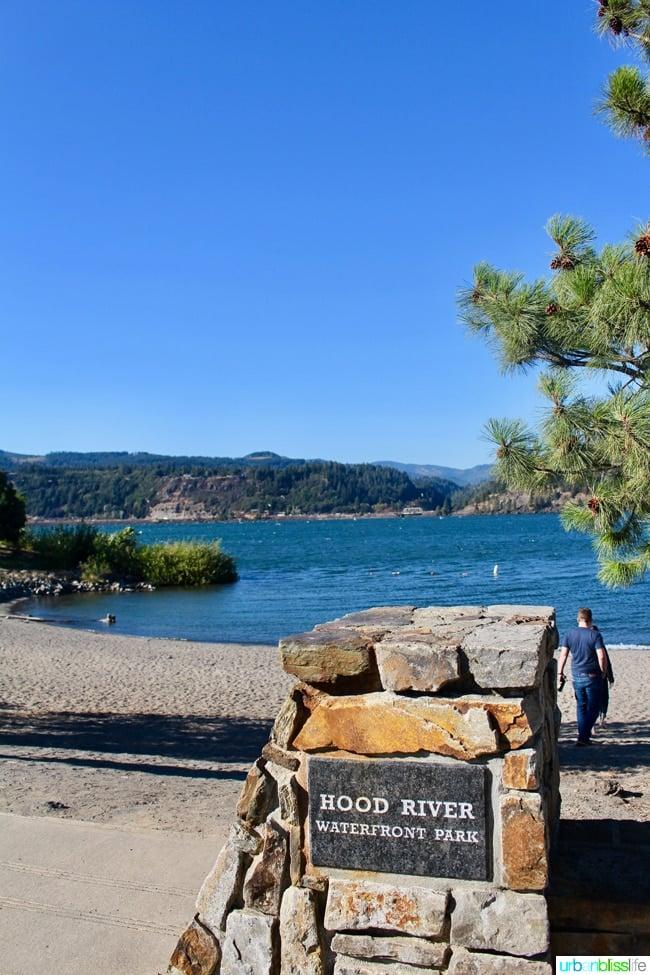 Hood River Oregon travel tips on UrbanBlissLife.com