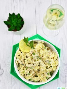 Creamy Farfalle with Salmon and Peas pasta recipe on UrbanBlissLife.com