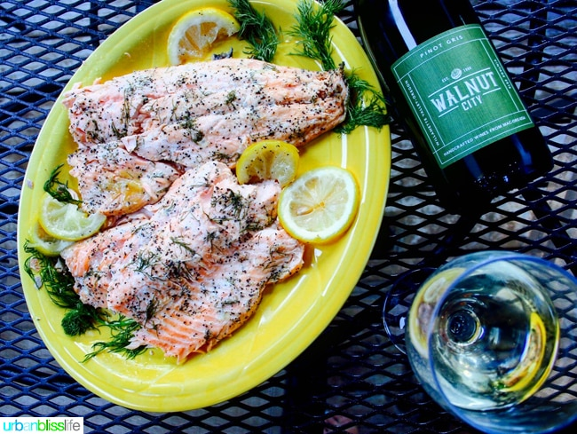 Grilled Salmon with Lemon & Herbs in Foil, recipe on UrbanBlissLife.com