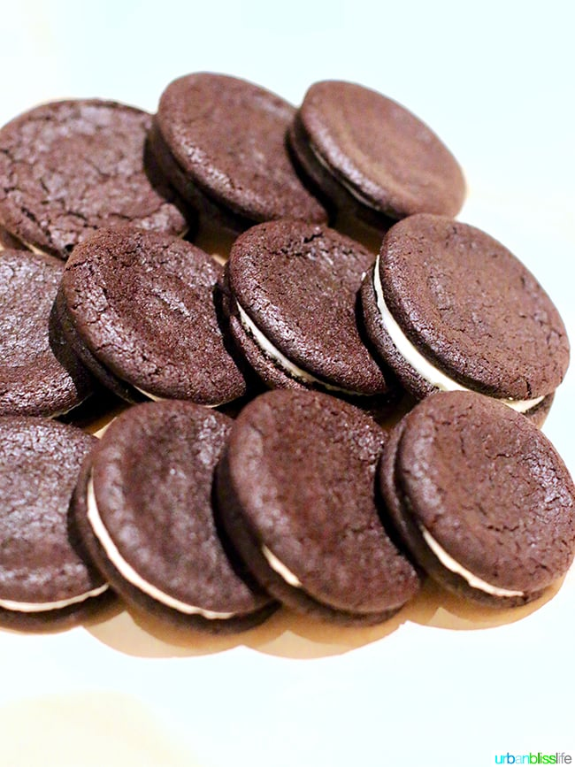 homemade oreos at Tanner Creek Tavern Portland, Oregonrestaurant review on UrbanBlissLife.com.