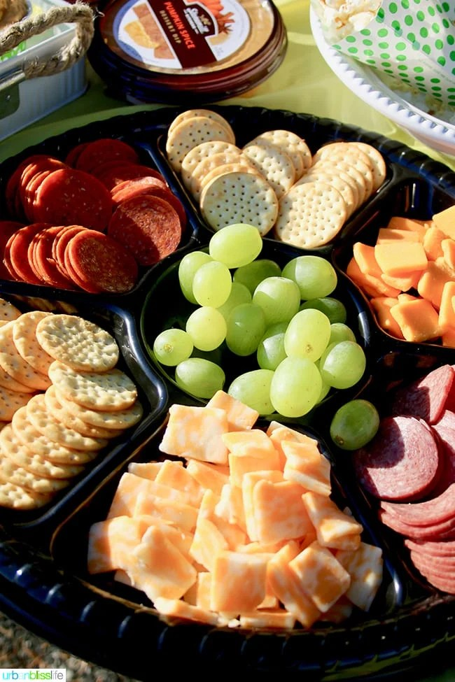 Food for The ultimate tailgating party on UrbanBlissLife.com