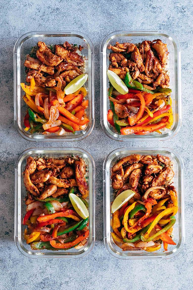 Chicken Fajitas Top Meal Planning Tips and Recipes for the New Year on UrbanBlissLife.com