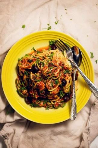 zucchini pasta puttanesca