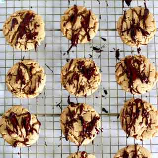 Easy Peanut Butter Cookies with Chocolate Drizzle