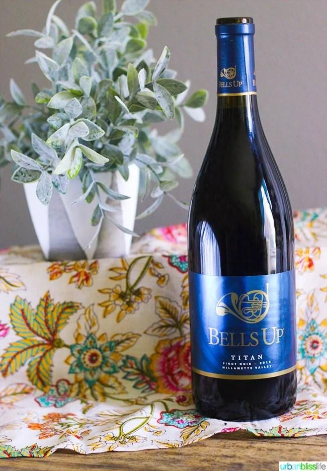2015 Titan Pinot Noir Bells Up Winery