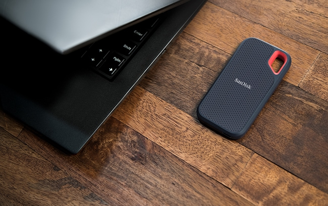 Top Travel Photography Gear: Sandisk Extreme Portable Storage laptop