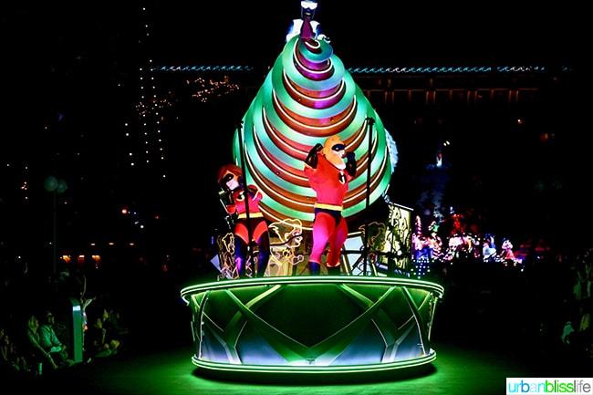 Disneyland Pixar Pier Parade The Incredibles