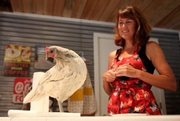 Giene Keyes at Chicken Clicker Training Seminar - photo courtesy of Giene Keyes