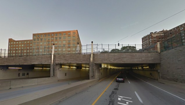 Lytle Tunnel from SB I-71 [Google Street View]