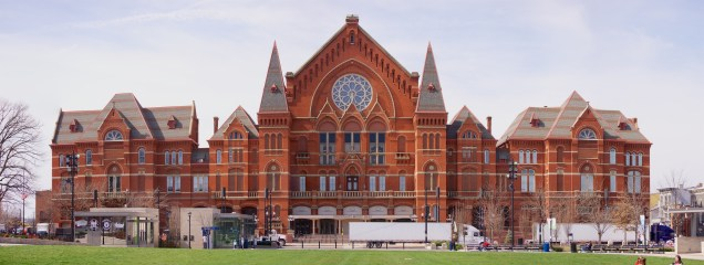 Cincinnati's Music Hall will close in May 2016 to undergo a $129 million renovation.