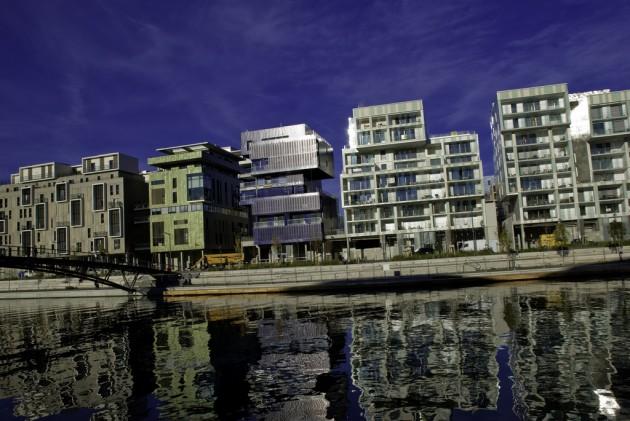 Lyon Confluence - 13/11/10 par Zeb @Skyscrapercity