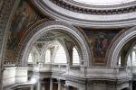 Le Panthéon souffre de l'érosion du temps. L'État ne le classe pas comme un monument en péril, mais estime qu'il faudrait 100 millions d'euros pour le remettre d'aplomb.