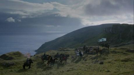 La côte des Terres de l'Orage (© HBO)