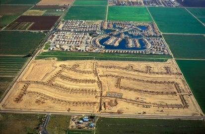 Un secteur pavillonnaire en construction aux Etats-Unis. Crédits Photos Alex Mac Lean