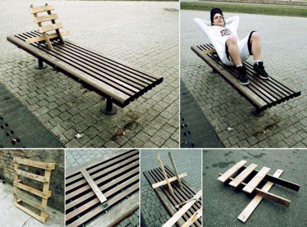 Florian Rivière détourne du mobilier urbain le temps d'une sieste (Crédits : Florian Rivière)