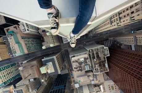 Cliché de Rooftopping par Tom Ryaboi. Crédit photo : Tom Ryaboi