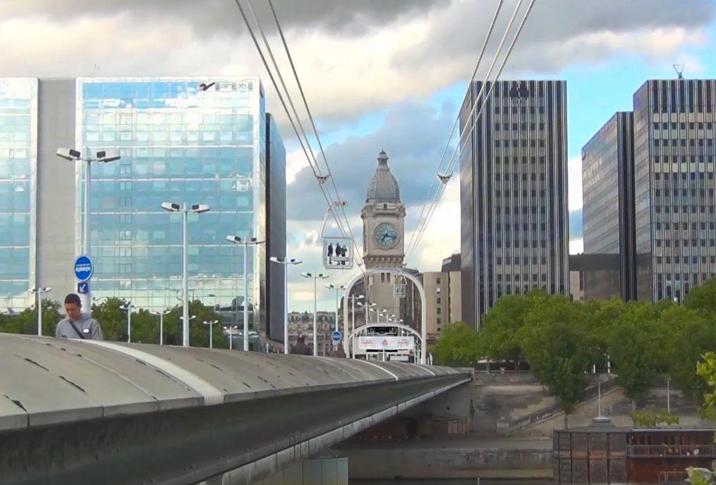 clip of friday le projet gare de lyon gare d austerlitz en t l ph rique urbain urbanews. Black Bedroom Furniture Sets. Home Design Ideas