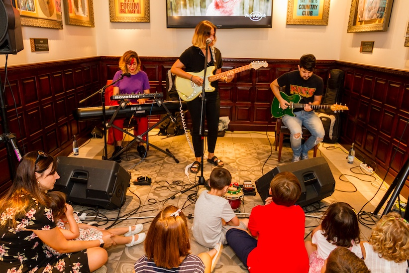 Concierto infantil tributo a Amy Winehouse en Hard Rock Cafe Sevilla