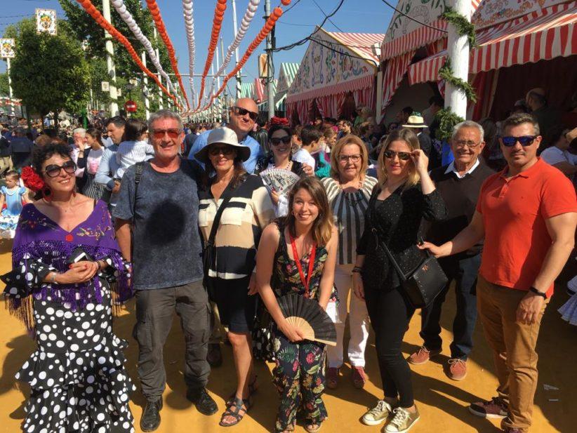 Turismo de Sevilla organiza rutas guiadas gratuitas por el Real de la Feria de Abril