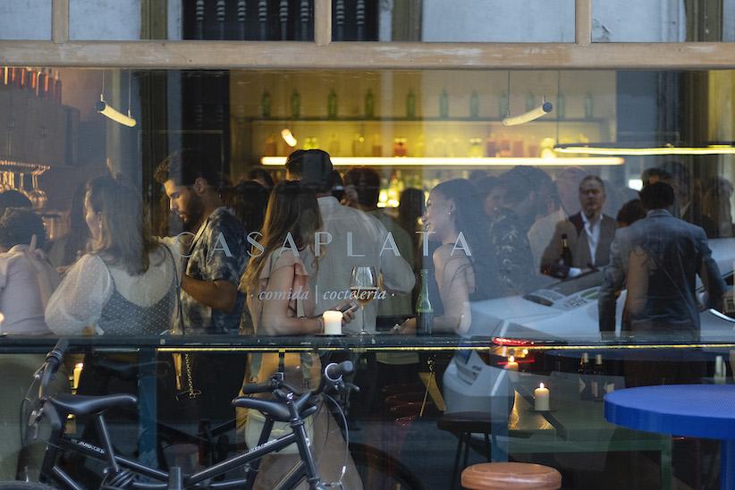 CasaPlata celebra su premio al mejor diseño con Cervezas Alhambra