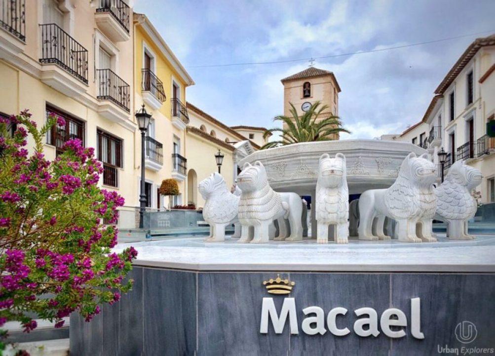 fuente leones marmol macael