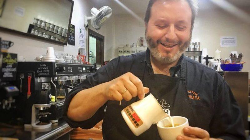 Mr. Chava Café de Osuna cierra su cafetería para centrarse en el tueste