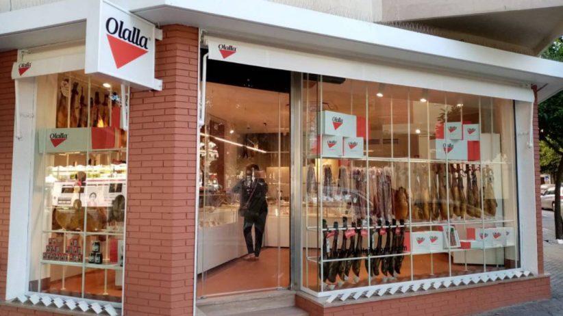 Jamones Olalla abre punto de venta de ibéricos en pleno Nervión