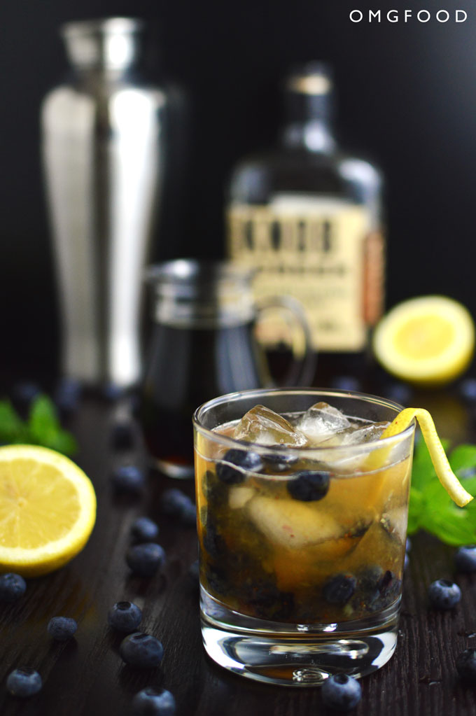 Blueberry Basil Bourbon Smash from OMGFood