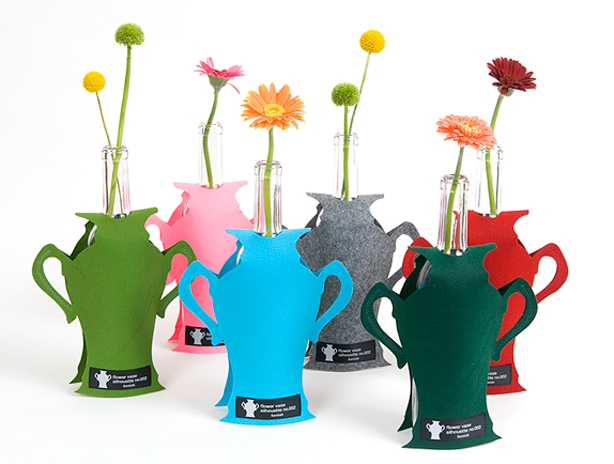 195 & Recycle Your Bottles as Stylish Flower Vases - Urban Gardens