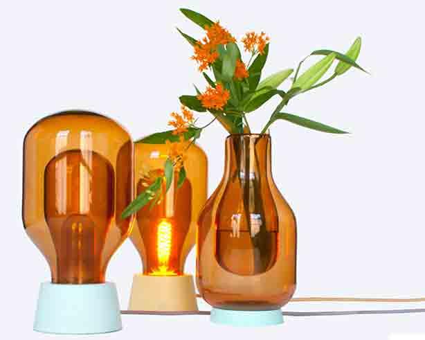 derksen-flask-vase-light