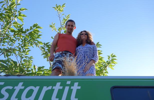 phytokinetic-bus-granen-and-horton-visit-urbangardensweb
