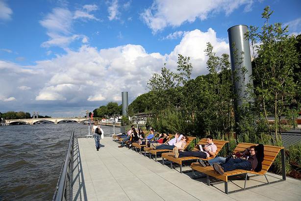 edge-of-seine-floating-gardens-paris