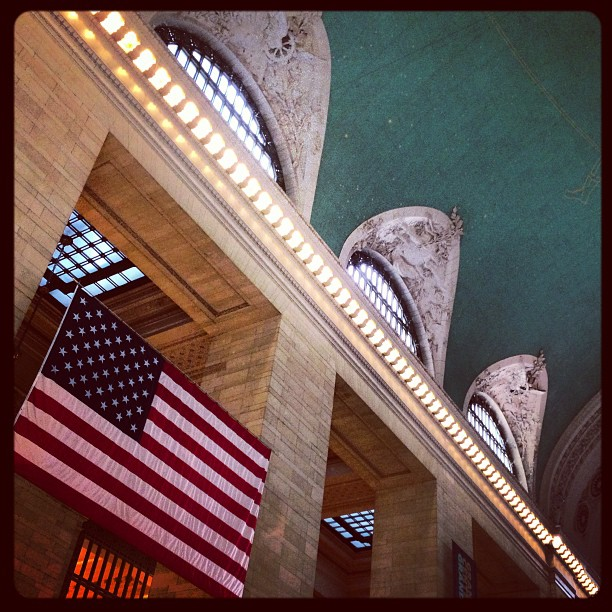 nyc-grandcentral-main-concourse-zodiac-ceiling