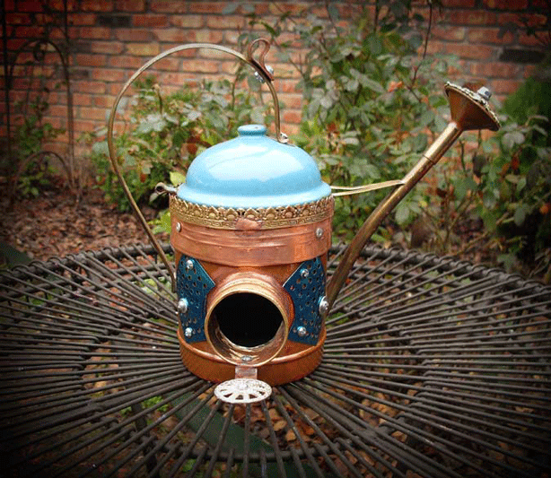 recycled-watering-can-birdhouse-brian-carlisle-gadget-sponge-retrash