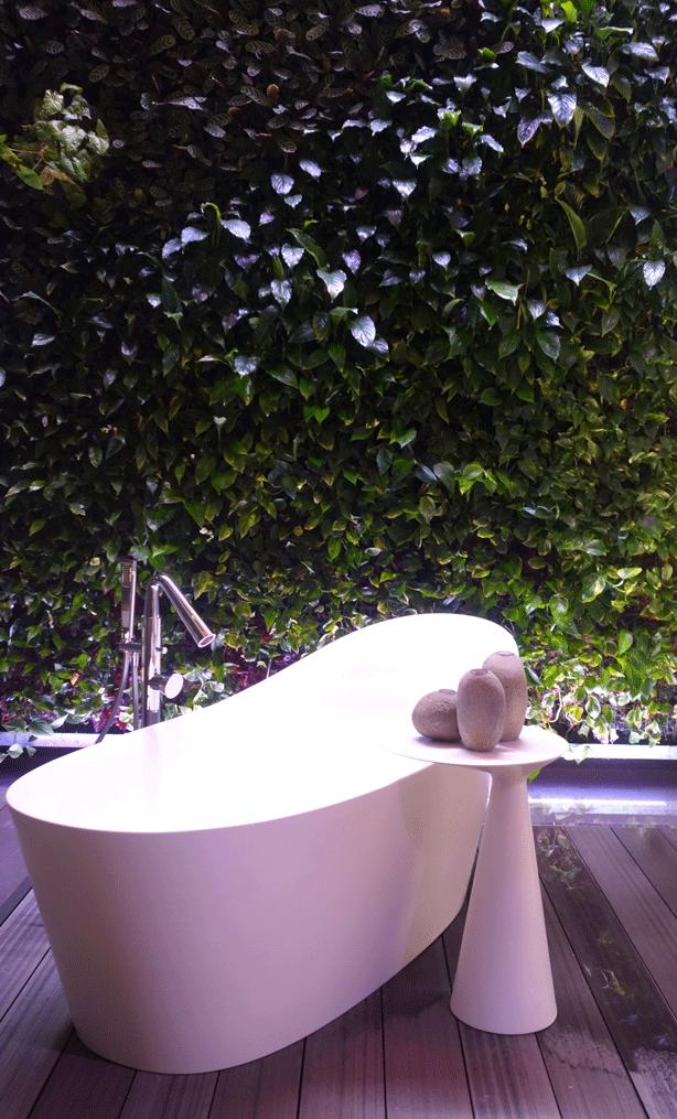 gessi-vertical-garden-green-wall-showroom-bath