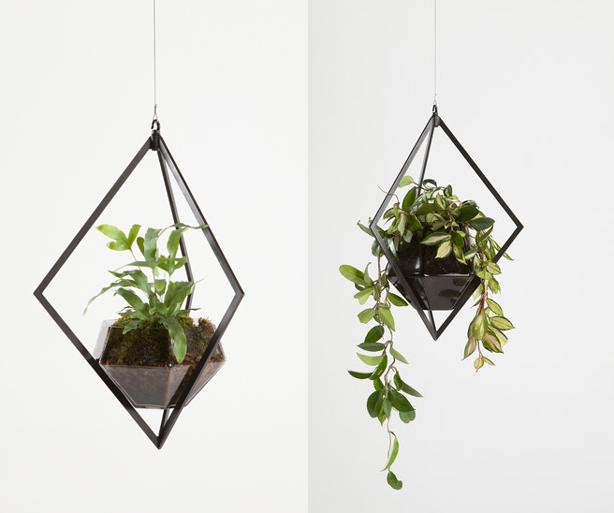 graphite-planters-urbangardensweb