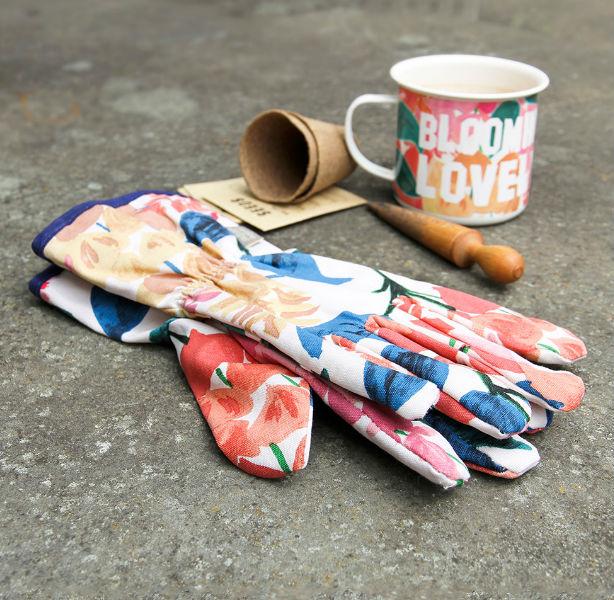 Caroline Gardner Blooming Lovely Gardening Gloves