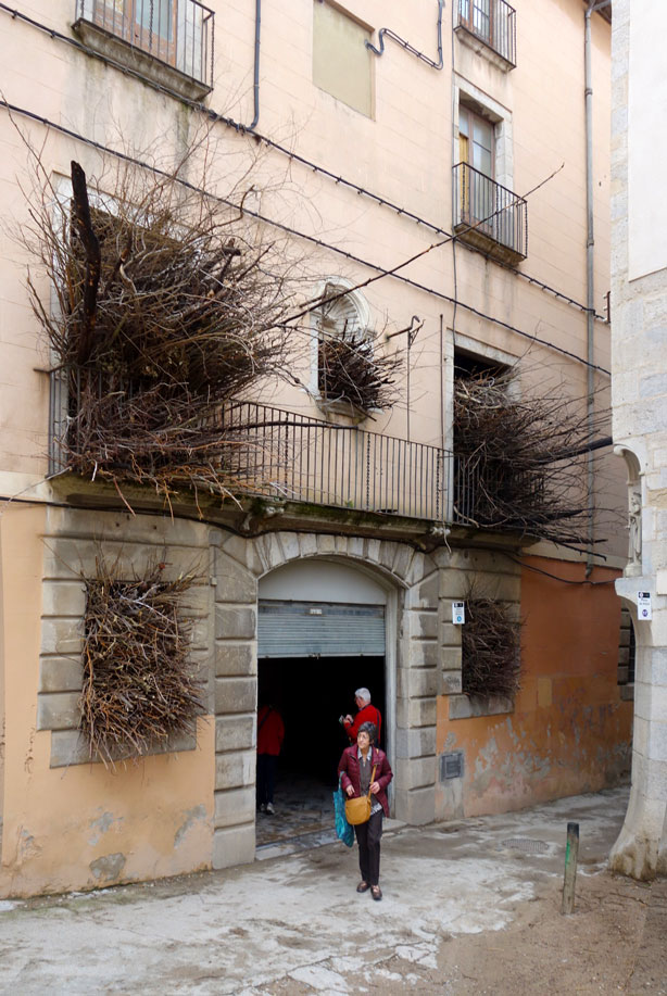 cinema-museum-exterior-temps-de-flors-urbangardensweb