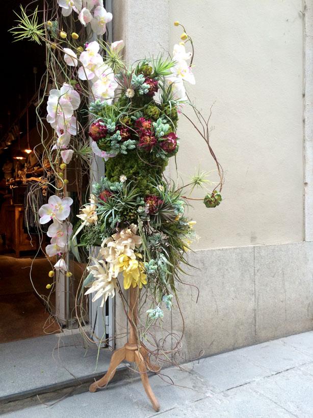 temps-de-flors-vertical-garden-floral-urbangardensweb