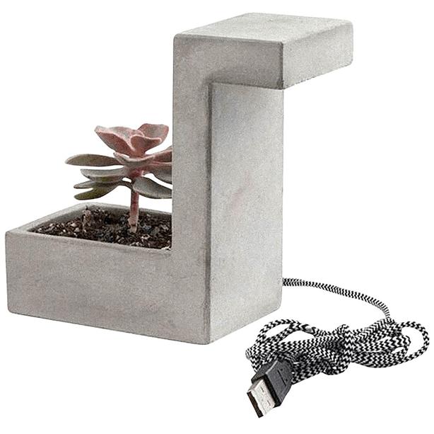 kikkerland_concrete_desk-lamp-planter
