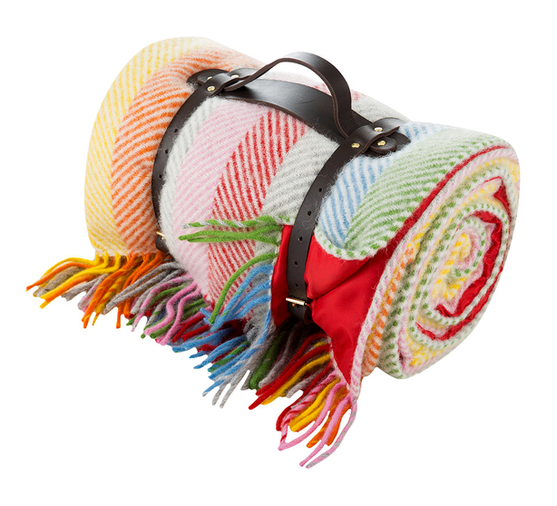 wool-picnic rug with handles