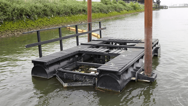 Litter traps collect plastic waste debris to recycle into floating parks.