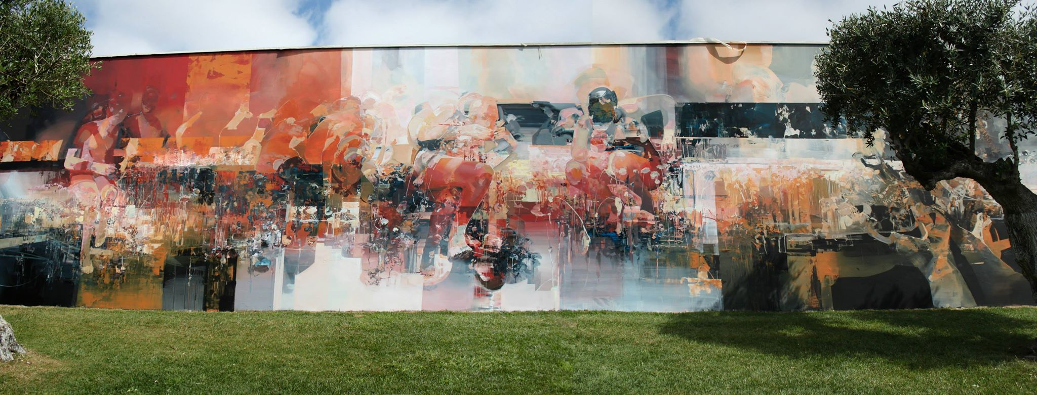 Robert proch tweens new mural in setúbal portugal