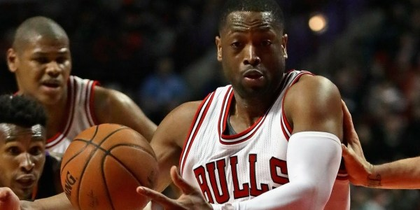 Dwyane Wade IS CLUTCH for the Bulls! Seals Victory with HUGE JAM