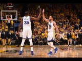 Stephen Curry, Kevin Durant Combine for 61 in Win