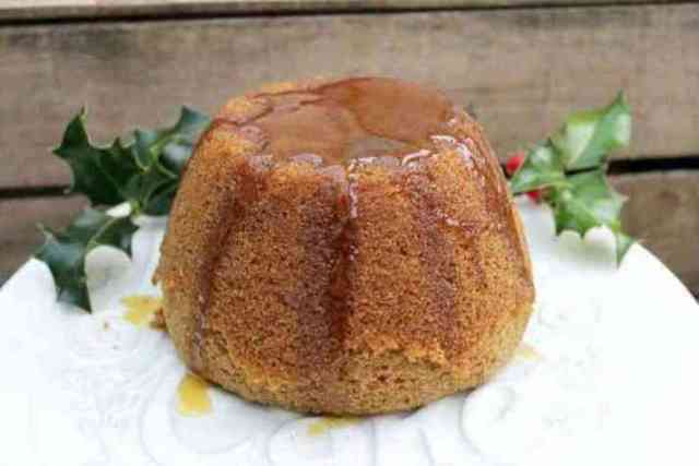 STYLECASTER  11 Impressive Holiday Desserts You Can Make In a Slow Cooker   Gingerbread Pudding